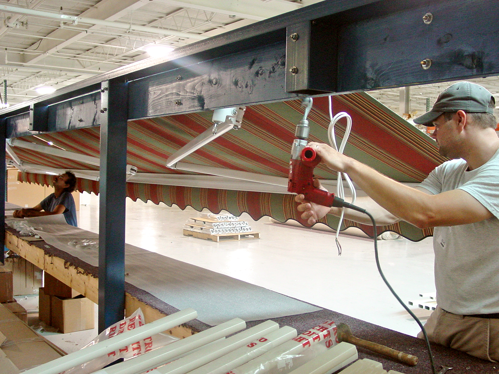 Our Awnings Are Manufactured In The U S A Nuimage Awnings